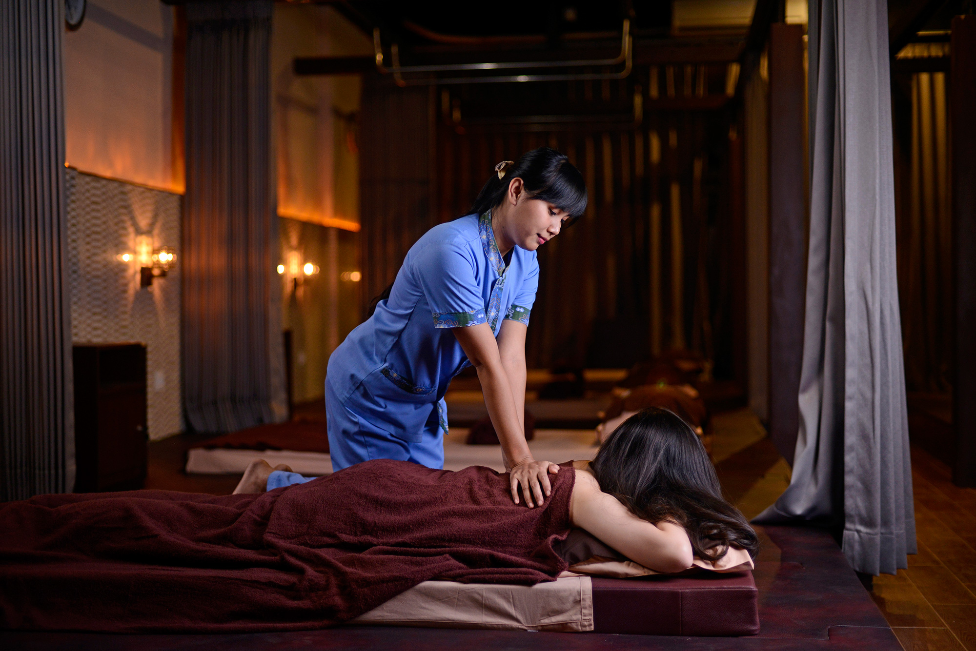 99 Reflexology Surabaya Profile Photography - Chendra Cahyadi photography took the profile photography of 99 Reflexology at Surabaya. 99 Reflexology Surabaya is Family spa places offer a variety of massages with experienced therapists.